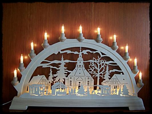 seiffner haus schwibbogen seiffener kirche mit weihnachtsmarkt. Black Bedroom Furniture Sets. Home Design Ideas