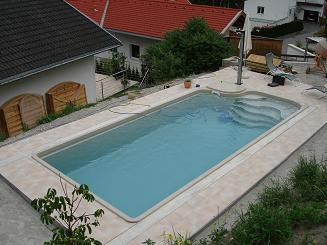 Schwimmbecken Wellness 850