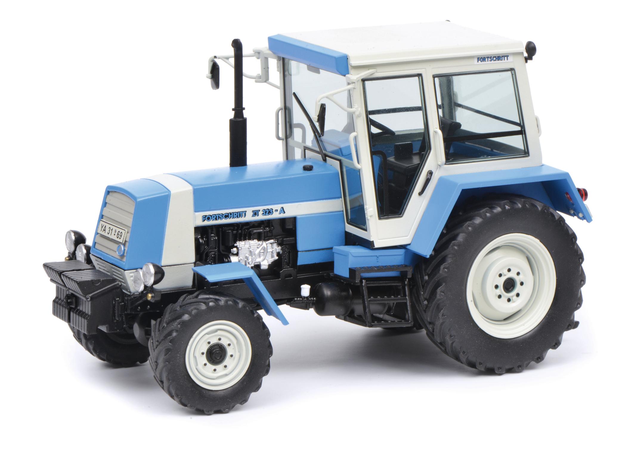 Fortschritt ZT 323 Traktor 1:32