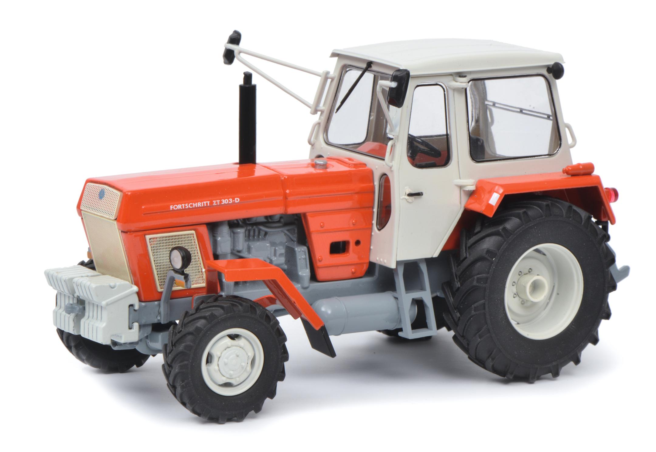 Fortschritt ZT 303-D Traktor 1:32